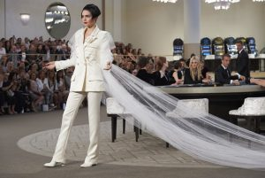 CHANEL FW 1516 Haute Couture show 3
