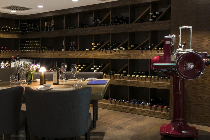 9.Winery