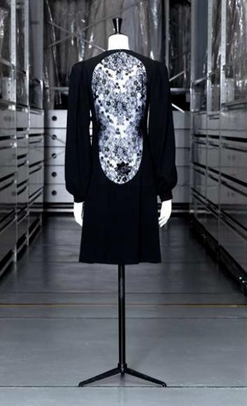 Yves Saint Laurent, Robe du soir courte, Haute couture, automne-hiver 1970-71