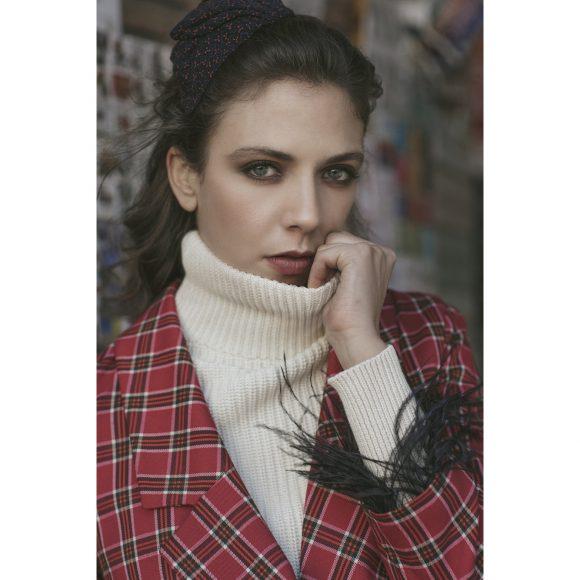 Total look: So Allure | Accessories: Vintage