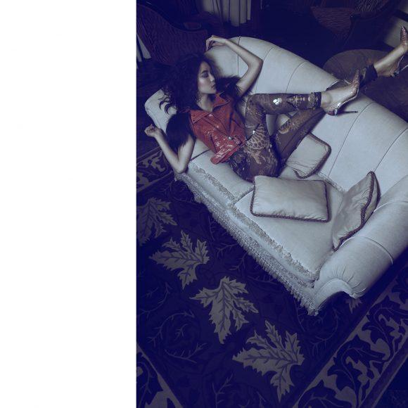 Top & Trousser & Shoes: On Aura Tout Vu Splendide  At Royal Hôtel Paris