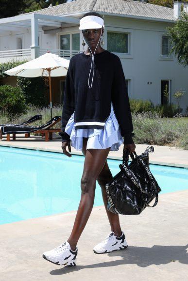 gonna popeline asimmetrica  con maglione in cotone Iceberg_SS21_Woman