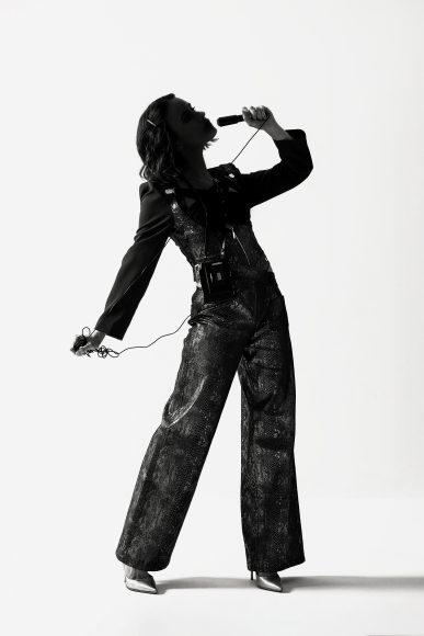 Camicia colletto (H&M) -Co-ord set in maglia (Zara) -Calzini (H&M) -Scarpe( Steve Madden)