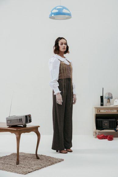 -Camicia colletto (H&M) -Top in maglia (Zara) -Pantaloni (Zara) -Sandali pitone(Zara)