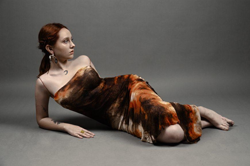dress GEORGIELA STUDIO Jewellery MYRIAM MORENO