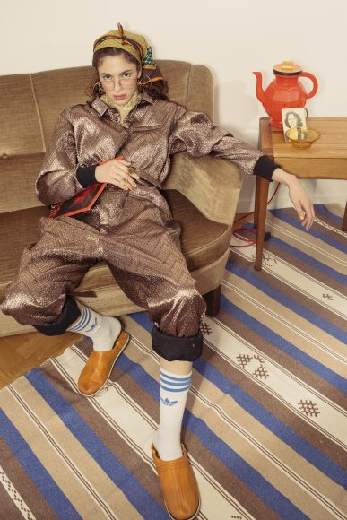 Overall Studio Rice  Jewelry Alice Hubert  Lamp Cappable  Slippers Barok babouche fashion Maroc  Socks Adidas  Scarf Hermes  Glasses Waiting for the Sun  Bezel chains Emmanuelle Khanh