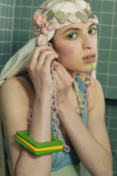 Bra Lejaby Overall Roseanna  Wristband Raison d'être archives Jewelry Alice Hubert  Bezel chains Emmanuelle Khanh  Shorts Adidas