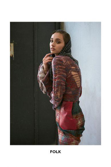 Foulard: Stylist's own  Sweater: Selenia Spronato  Skirt: Selenia Spronato  Pants: Bershka  Shoes: Zara