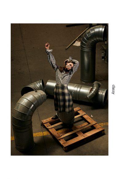 Face jewel: Idriss Guelai Atelier  Dress: Selenia Spronato  Skirt: Vintage  Texan boots: I Am